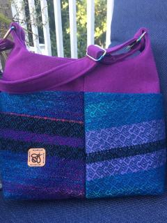 Handmade purse with woven fabric
